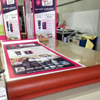 Enjoy Team Work: Assemble Roll Up Stand With My Colleagues